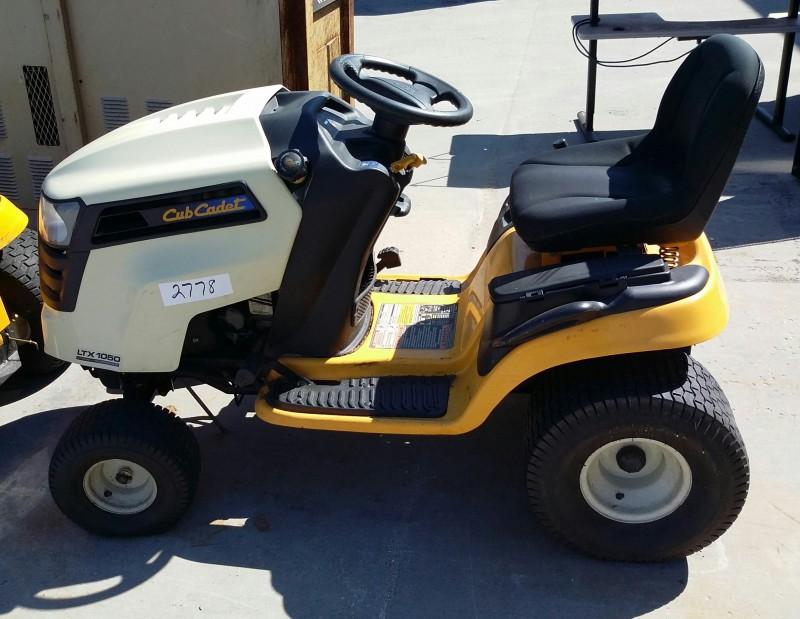 Ibid Lot 2778 Cub Cadet Model Ltx 1050 Lawn Mower