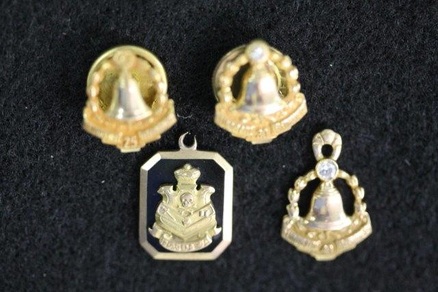 IBid LOT 69: ASSORTED GOLD PENDANTS, SERVICE PINS, AND OTHER