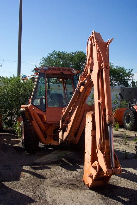 Garage Sales Joliet Il: IBid 1986 CASE 580E-BACKHOE/LOADER