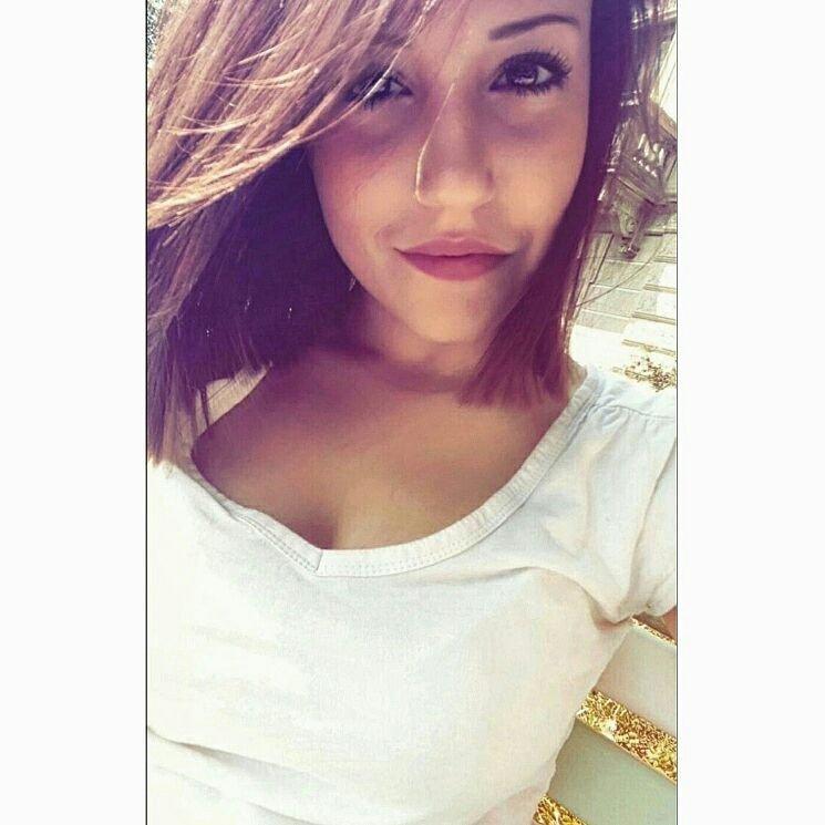 @ArianaZ3b