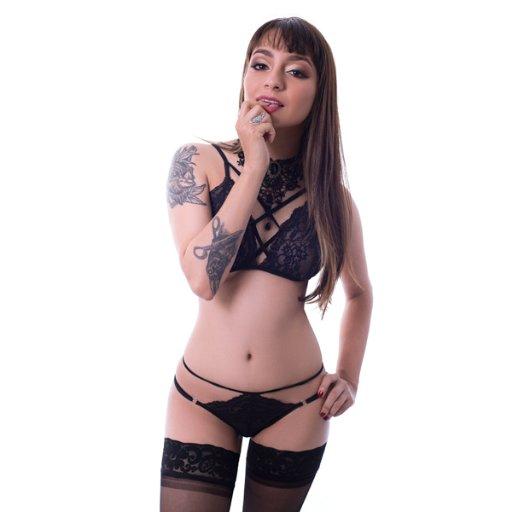 @Jessiee_Daniels