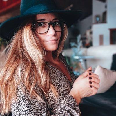 @KelseyLeFevour