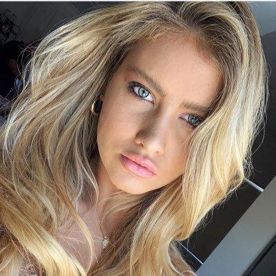 @_blondebabey
