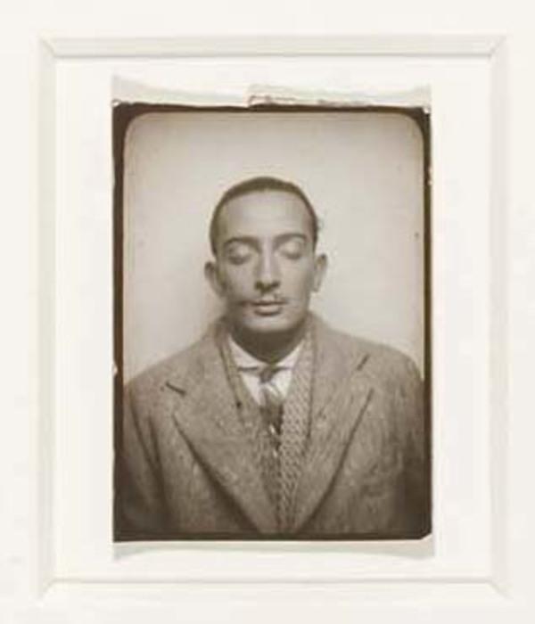 [Salvador Dalí]