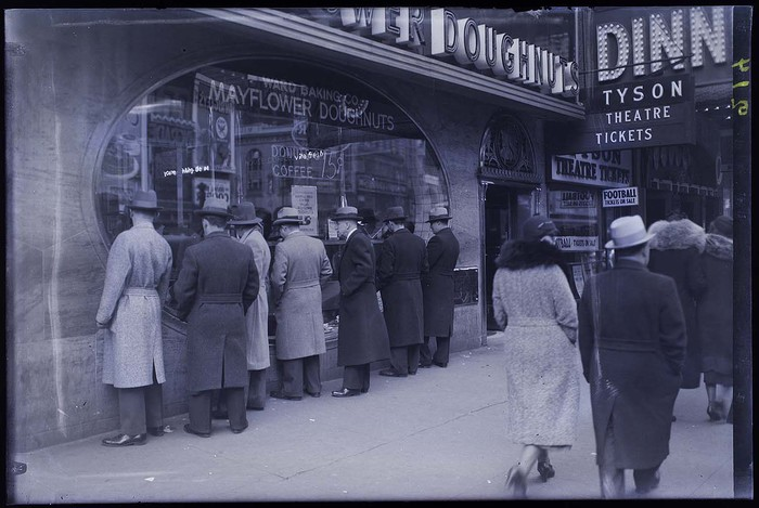 [Mayflower Doughnuts, New York]