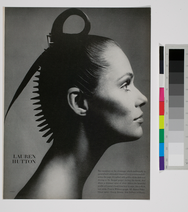 Model Lauren Hutton In A Variation On The Traditional Japanese