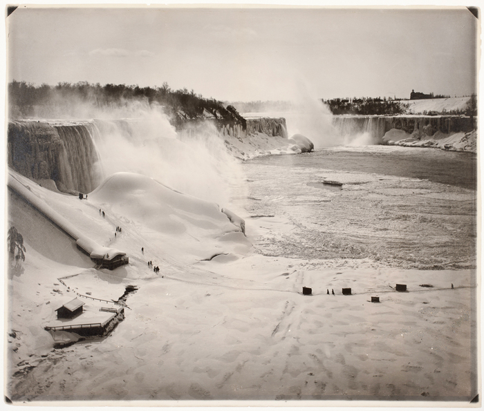 [Niagara Falls in Winter]