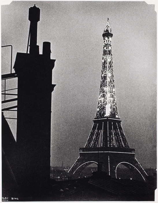 Eiffel Tower with Thermometer