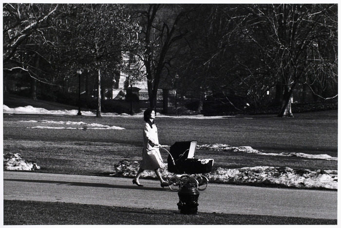 [Jacqueline Kennedy and John F. Kennedy, Jr., on the grounds of the White House, Washington, D.C.]