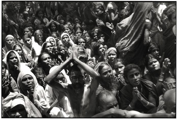Funeral of Sri Ramana Maharishi in his last reincarnation, Turuvanamalai, Sri Lanka