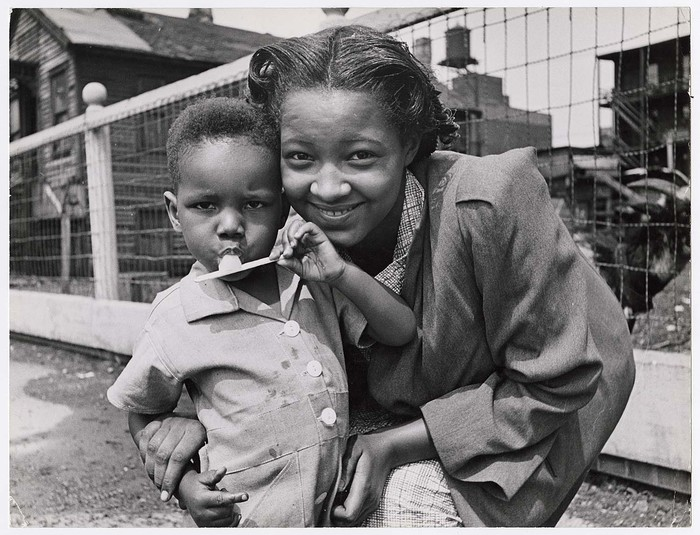 [Smiling mother and son, Chicago]