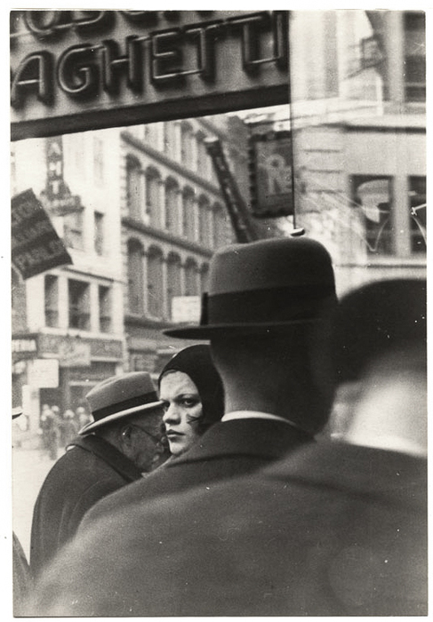 [Woman in Cloche Hat and Pedestrians, Fulton Street, New York City]