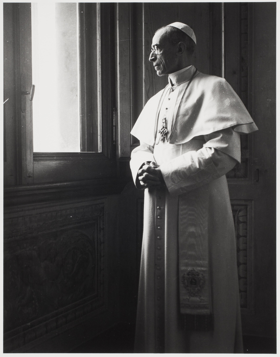 [Pope Pius XII at a private audience in his Vatican study]