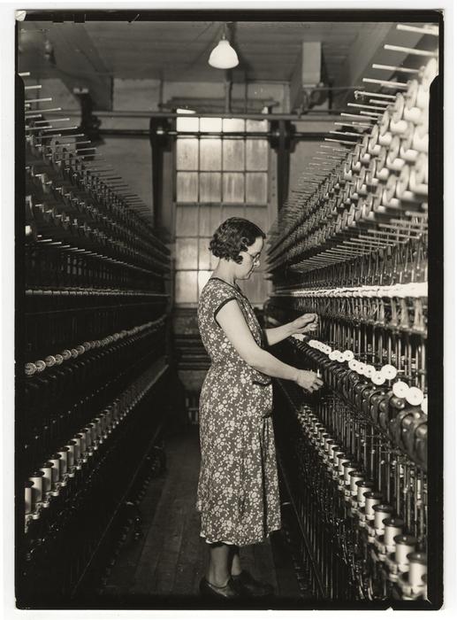 [Worker doubling, William Skinner and Sons, Holyoke, Massachusetts]