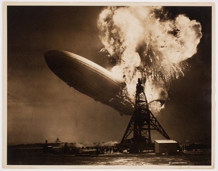 [Crash of the Hindenburg, Lakehurst, New Jersey]