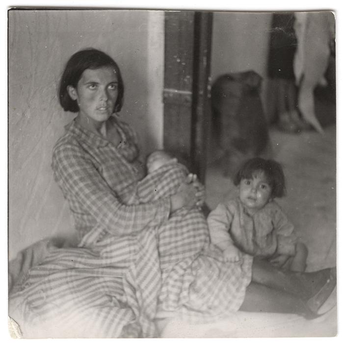 [Refugees from Málaga in Almería, Spain]
