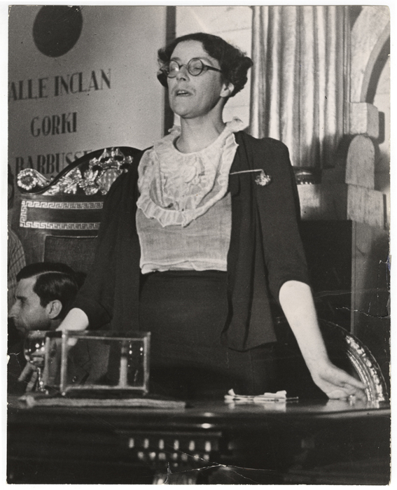 [Sylvia Townsend Warner, British writer, at the Second International Congress of Writers for the Defense of Culture, Valencia]