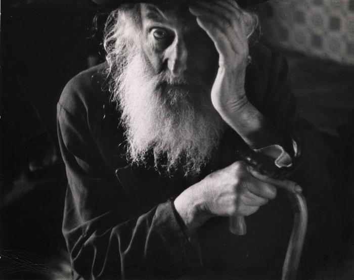 An elder of the village, Vysni Apsa