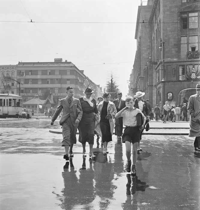 During the Summer Olympic Games, Wittenbergplatz, Berlin