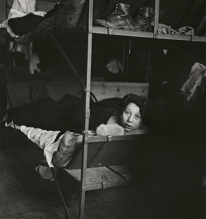 [Nettie Stub, eleven years old, from Hanover, in a Polish detention camp, Zbaszyn]