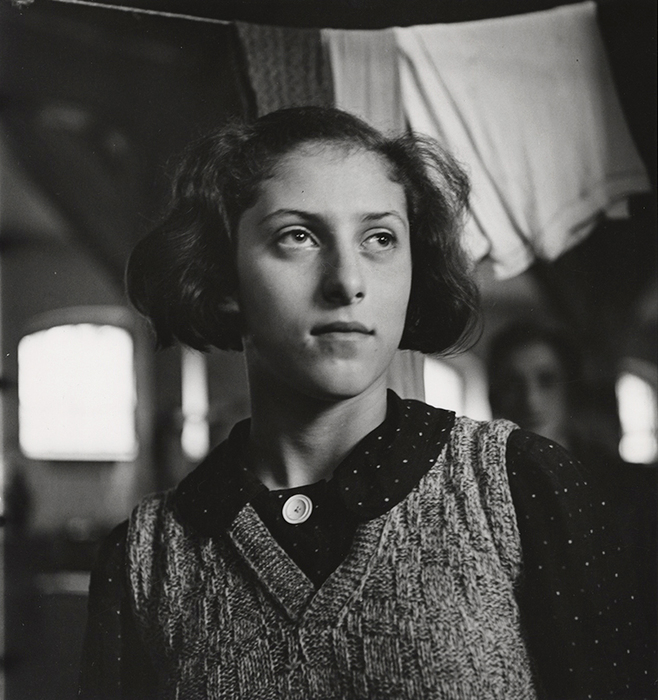 [Jewish refugee in military barracks that have been converted to living quarters, Polish detention camp in Zbaszyn]
