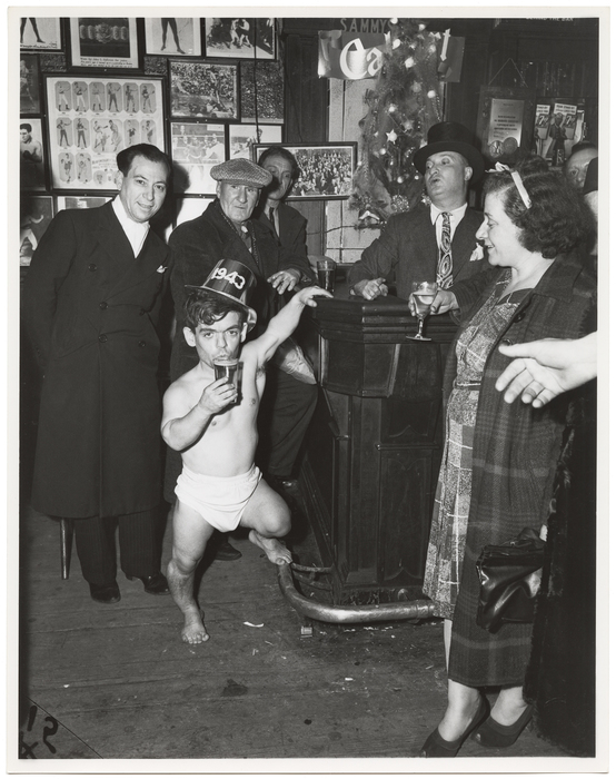 [Shorty, the Bowery Cherub, New Year's Eve at Sammy's Bar, New York]