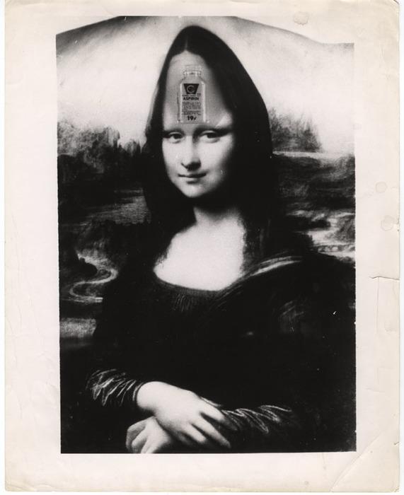 [Mona Lisa with bottle of aspirin distortion]