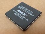 Altera EPM7128SLC84-15
