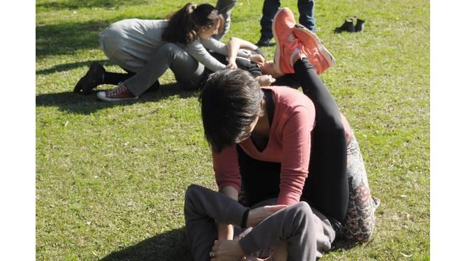 Aksie: Defensa Femenina