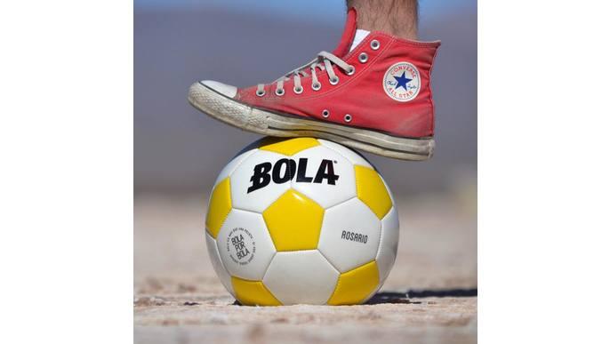Bola, más que una pelota.