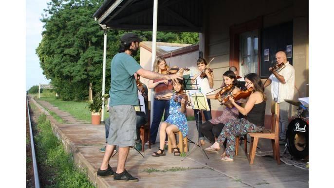¡Pueblo y orquesta unidos!