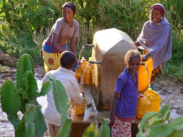 The-winrock-team-in-ethiopia-multiple-use-water-services-in-multiple-settings-9