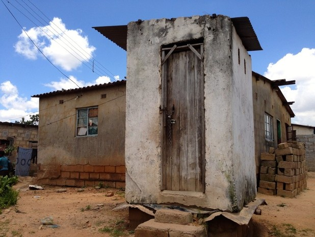 Everything-you-wanted-to-know-about-pit-latrines-1