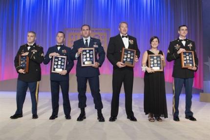 USO awards 2014