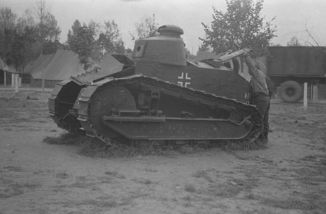 discovered-WWII-film-tank