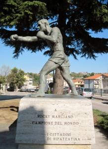 Monumento_a_ROCKY_MARCIANO_