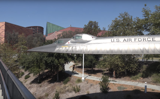 WHAT HAPPENS WHEN YOU SKATE UNDER AN SR71 BLACKBIRD - THE SITREP MILITARY BLOG