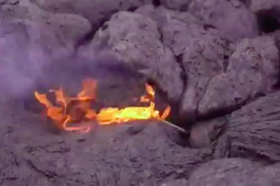 THIS IS WHAT HAPPENS WHEN YOU DROP A PHONE INTO LAVA - THE SITREP MILITARY BLOG
