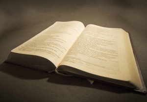 AIR FORCE TAKES BIBLE OFF OFFICERS DESK, CLEARS HIM OF PENALTY - THE SITREP MILITARY BLOG