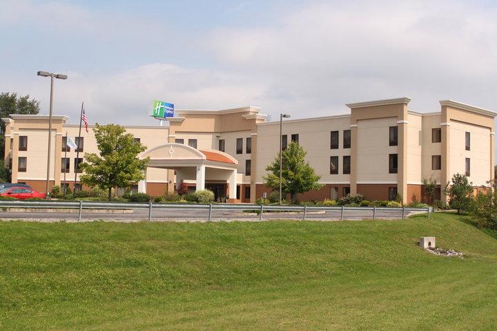 holiday inn express and suites 160 commerce park dr. Black Bedroom Furniture Sets. Home Design Ideas