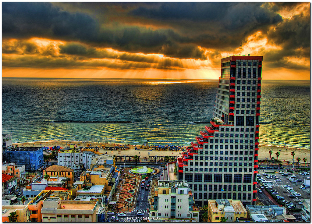 Tel Aviv | Photo Credit: Ronsho