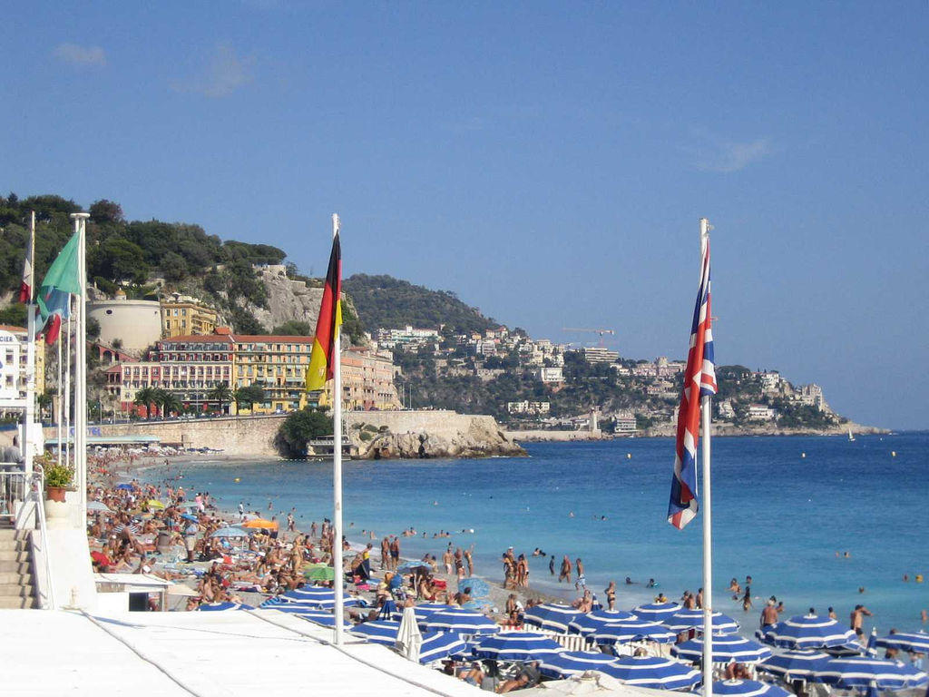 """Promenade Des Anglais, Nice, France"" by Steve75 via Flickr Creative Commons"