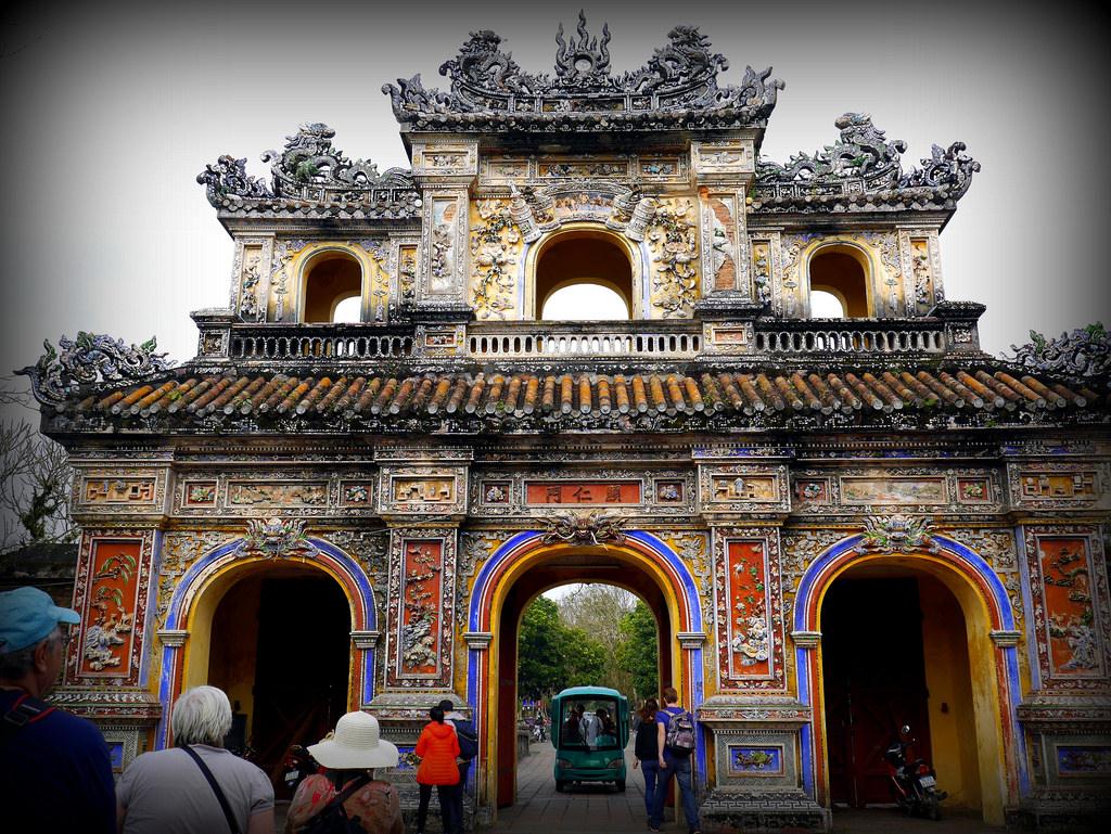 Royal Tombs | Photo Credit: Solowayfarer