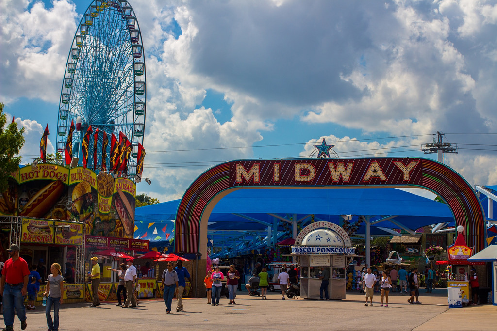 """Midway at Texas State Fair"" by Erik Rios via Flickr Creative Commons"