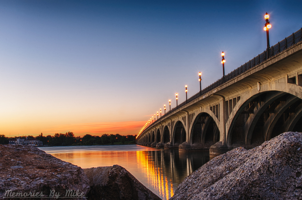 """Douglas MacArthur Bridge"" by Mike Boening via Flickr Creative Commons"