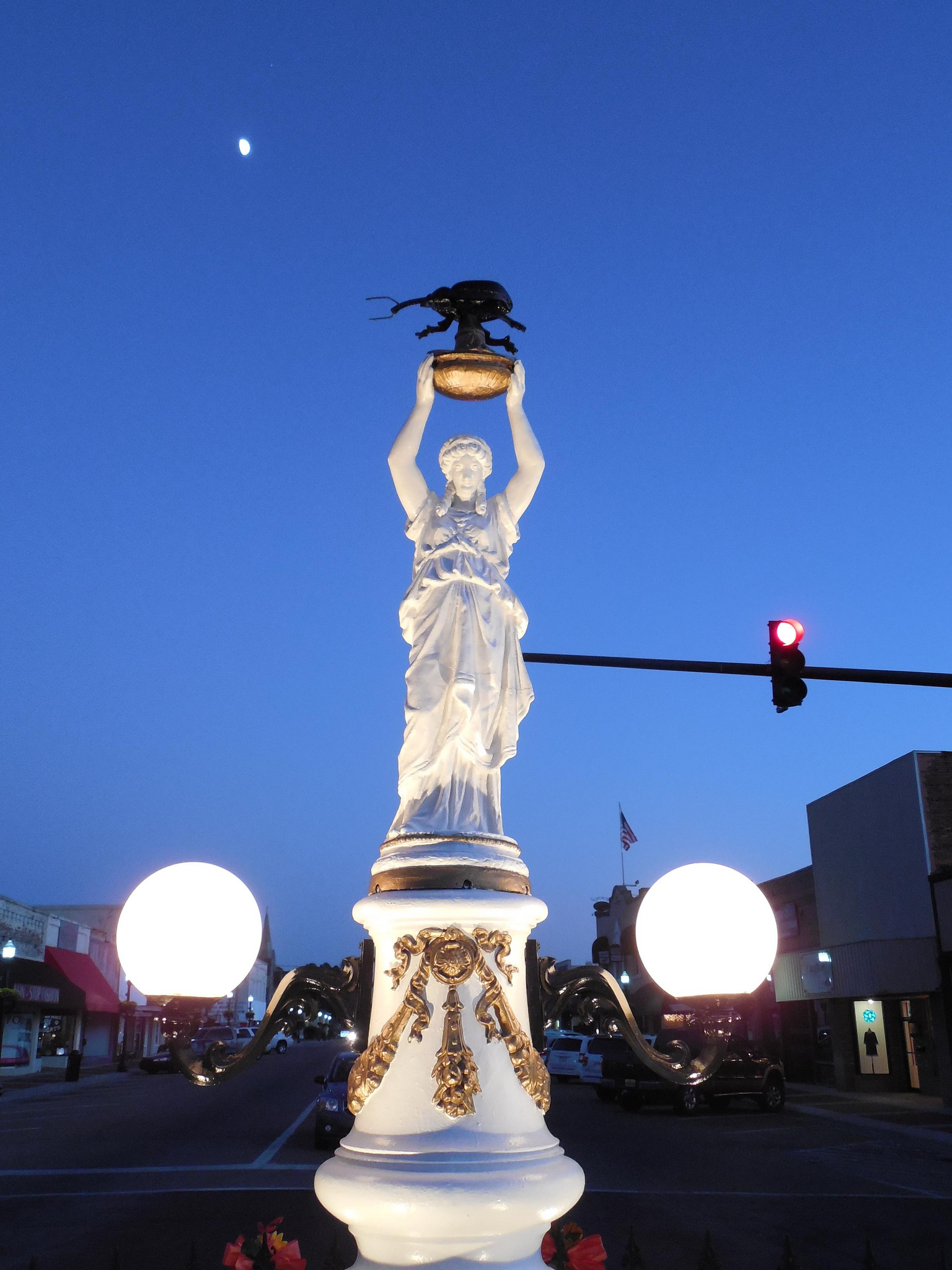 """The Boll Weevil Monument"" by Jimmy Emerson via Flickr Creative Commons"