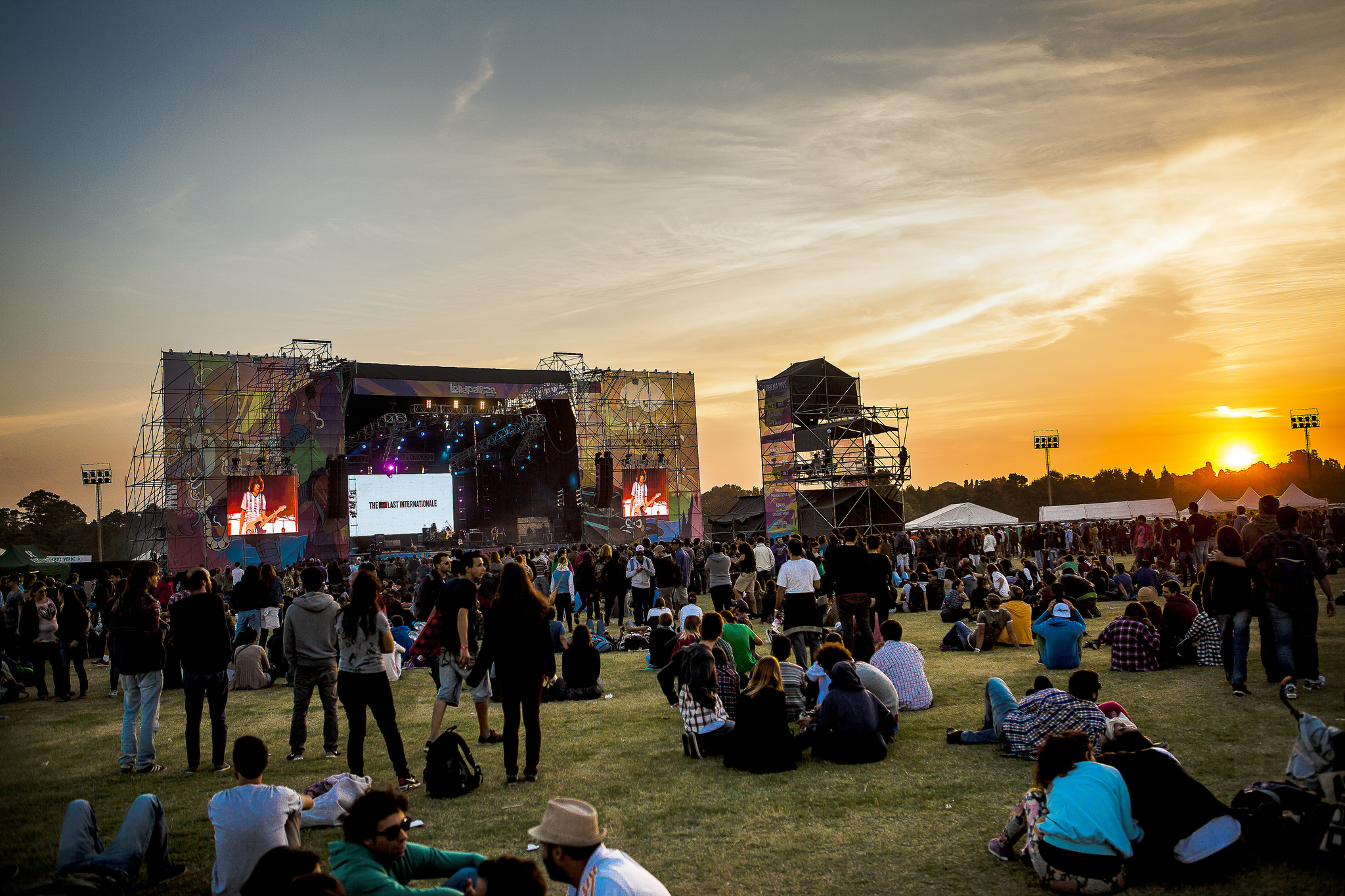 """Lollapalooza Argentina 2015"" by Leonardo Samrani via Flickr Creative Commons"