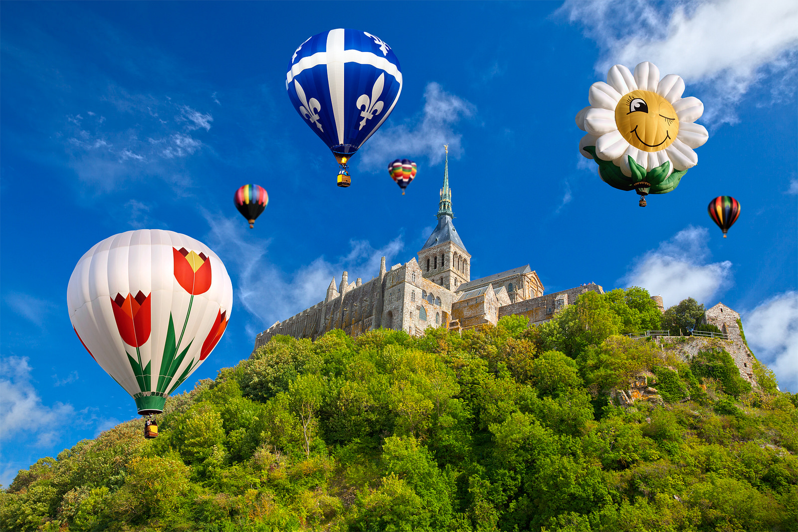 """Hot Air Balloons - Mont Saint-Michel"" by Nicolas Raymond via Flickr Creative Commons"
