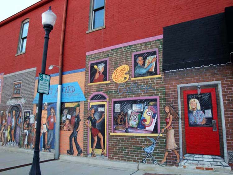 """Mural on Building in Valpo"" by Grace & Jeff Safrin via Flickr Creative Commons"
