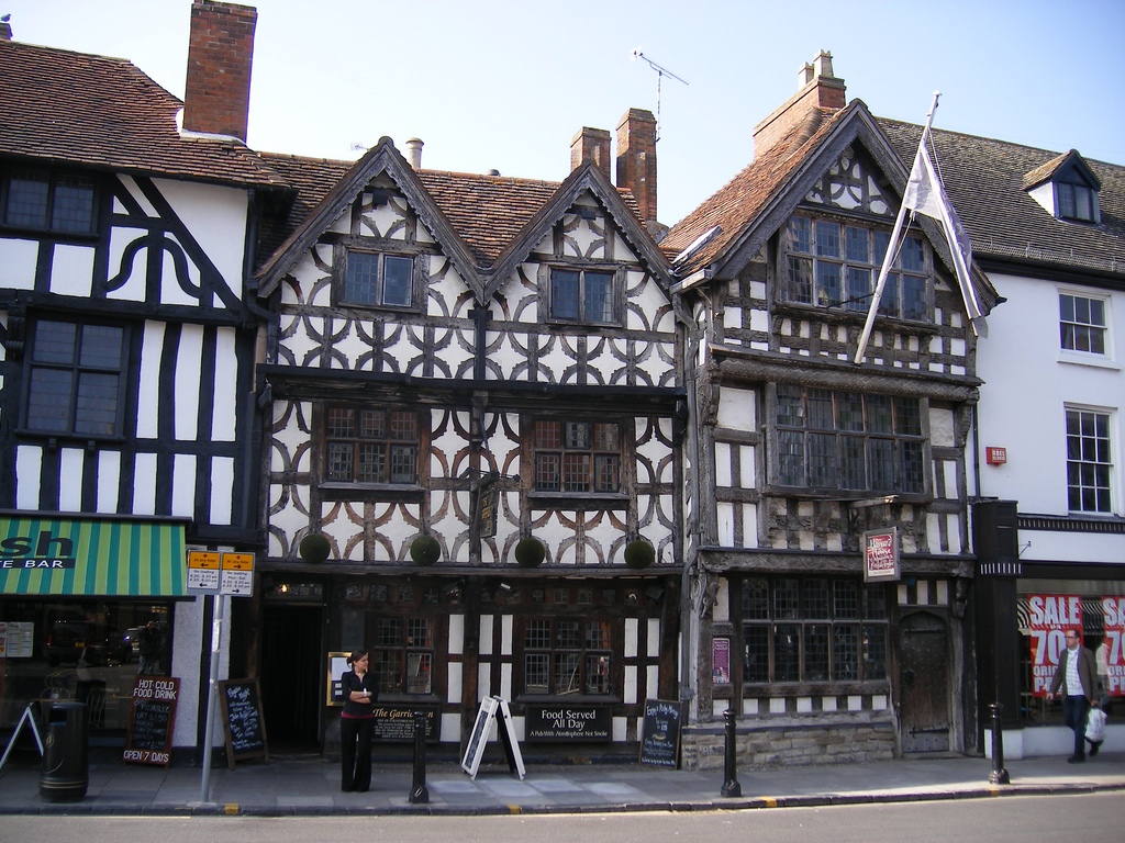 """Garrick Inn and Harvard House - Stratford Upon Avon"" by Elliot Brown via Flickr Creative Commons"